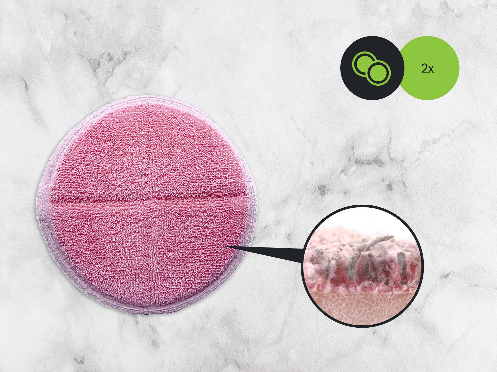 Mop elektryczny posiada nakładki z mikrofibry